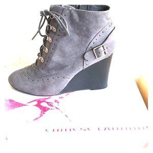 Gray lace up bootie